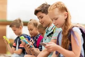 بلاهایی که موبایل بر سر کودک شما می آورد!